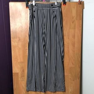 Robert Louis Large Black/White Palazzo Pants